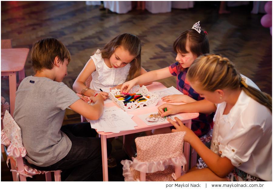 Olívia  |  festa 1 ano  |  apresentando a princesa da casa