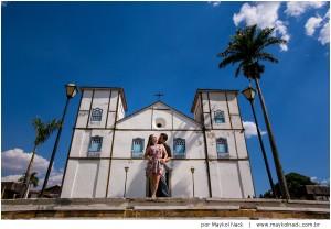 ensaio-pirenopolis-goias-goiania-casal-book-historia-cachoeira-fotografo-viajante-destination-wedding-regiane-danilo_018