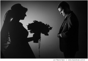 casamento-morro-da-fumaca-regiane-danilo-wedding-photographer-fotografia-marindia-frasson-morro-da-fumaca-clube-banda-megatons_036